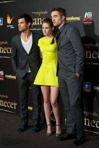 Les promos des trois acteurs ! Flop ou Top ?