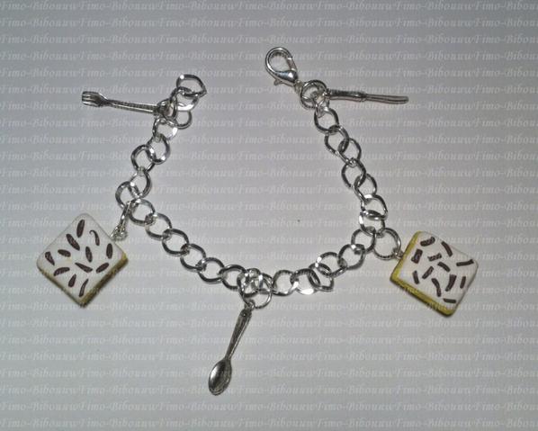 Bracelet napolitain et breloques