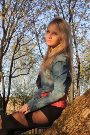 Alena)