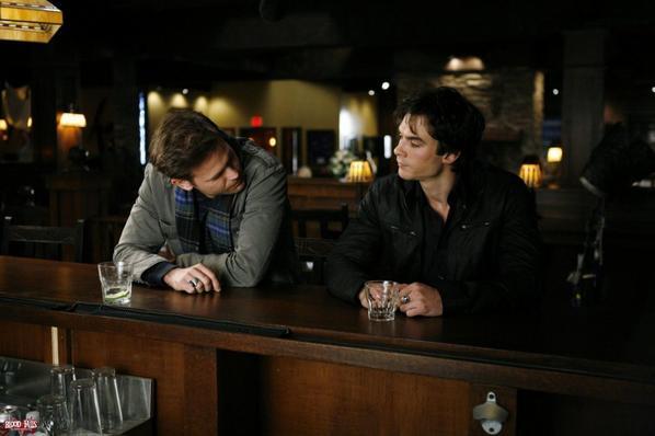 Damon & Alaric :  haine, alcool et amitié