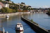 AJONC, MALMY & PAYS DES SOURCES, des loueurs d'Ardennes nautisme en nombre ce jeudi matin à l'entrée de la Haute-Meuse