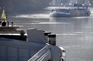 Avec 13 bateaux, retour d'un trafic habituel pour la saison sur la Haute-Meuse ?... (suite du 5 mars 2014)