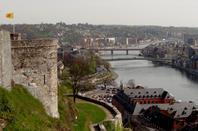 Le retour du Cirque Alexandre Bouglione à la citadelle de Namur - Les 1er catways sont remontés au port de plaisance jambois (ouverture le 7 avril) - Semaine estivale à Namur  ;)  Bravo BORIS!