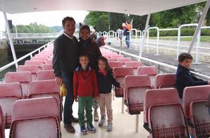 Une famille entreprenante dans le tourisme fluvial namurois  ;)