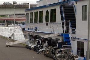 MS POSEIDON (NL- Zwijndrecht) de retour à Namur...