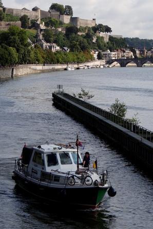 NAXOS, KON TIKI, TABIGHA et LA VALSE LENTE parmi les bateaux de la matinée du 9 août 2014.