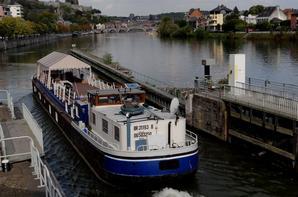 Un long voyage pour le beau spits SHIVA (NL) R'dam (Boom 1956) qui transporte 235t.d'engrais entre Stein (NL) et Sète (F)