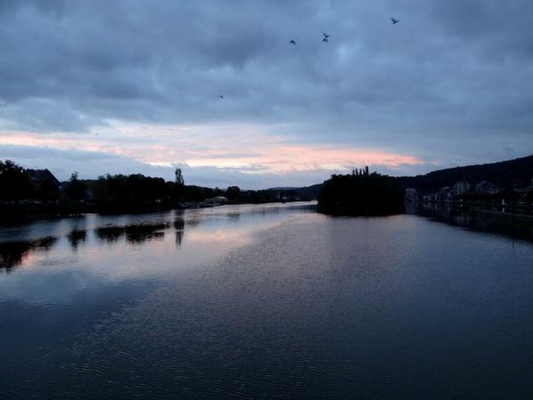 HELLBOY, notre régulier de la Haute-Meuse à destination d'Anhée, en première à 11h20!    Les barrages de la Meuse française bientôt rénovés