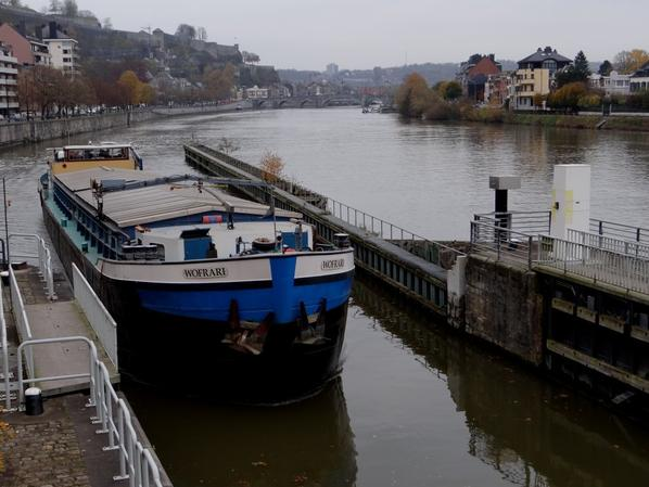 WOFRARI (NL) Zwolle - Les derniers voyages vers Givet, avant le déchirage du bateau et la retraite de l'équipage en janvier 2015  ;)