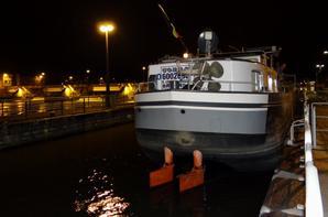COBRA, le Van Praet de Baasrode de 1974, en première ce lundi 24 novembre 2014 à destination du silo de Givet.