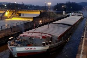 KANANGA est de retour de Givet avec 1000t. d'orge pour Anvers.