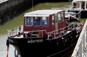 MARGA depuis Sagrex Lustin, HIPPOPOTAMO (DK), le Vaporetto n°42 Venezia (1935) de retour du Canal du Midi et l'arrivée attendue de la Capitainerie flottante à Jambes... ;)