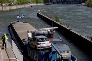 SATANAS (avec VAYA CON DIOS et SAPHIR) transporte des terres polluées depuis Givet vers Lille (Sante) -  MERWELAND (NL), nouveau sur la Haute Meuse est de retour de Lustin (Sagrex)