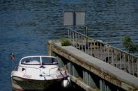 Bief de Tailfer-La Plante ... Avis Urgent ! :(  - 28 bateaux dont 25 plaisance pour cette journée caniculaire (+- 33°) - Flottaison rétablie à 18h45  ;)