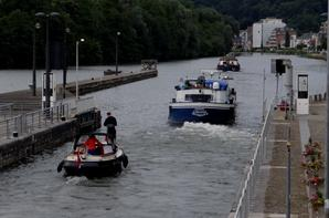 """En première, RAAF & MAZZEL , deux spits hollandais à destination de Villefranche-sur-Saône avec de l'engrais...  Blog en pause jusqu'au 31 juillet, suivez le groupe Facebook """"Meuse namuroise""""   ;)"""