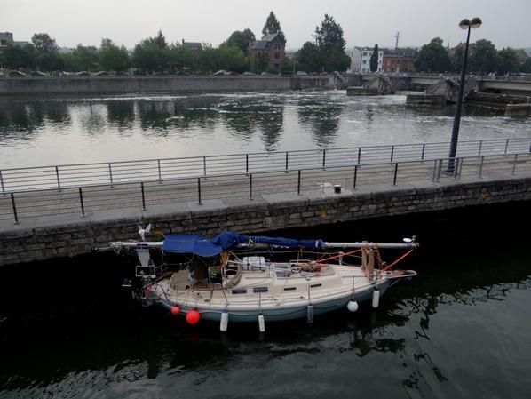 Le trafic dominical entre les joutes nautiques ... ;)