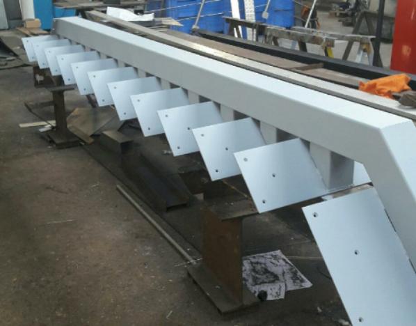 escalier en cour de fabrication en 1 iere couche d antirouille