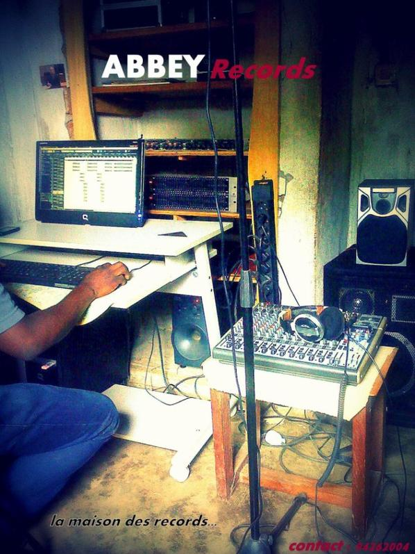 ABBEY Recordz ( la maison des records )