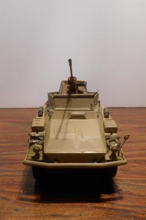 sdkfz 234/3  20mm schwebelafette