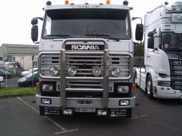 AURILLAC truck coeur 15