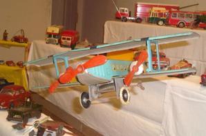 Expo jouets anciens en tôle