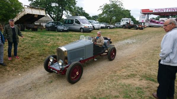 expo tracteur rouge a Folles 87