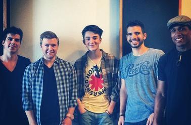 Greyson avec son groupe à Chicago