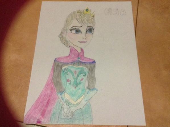 Robes du couronnement Anna et Elsa frozen