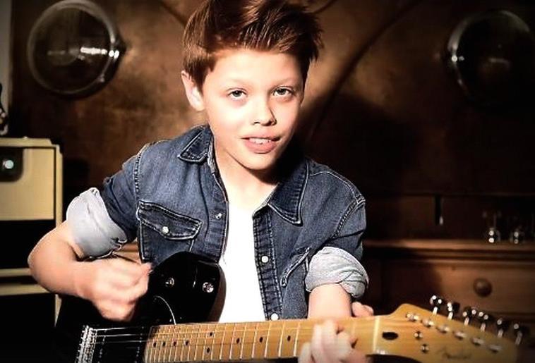 Toby notre sourire du dimanche :)