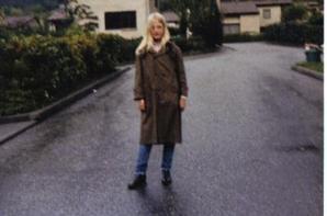 photos de moi la première photo en noir et blanc , j'avais 3 ans  et la seconde 11 ans le reste je ne sais plus venez me rendre une petite visite le 14 mai , car c'est mon anniversaire eh oui !!! je vais vieillir