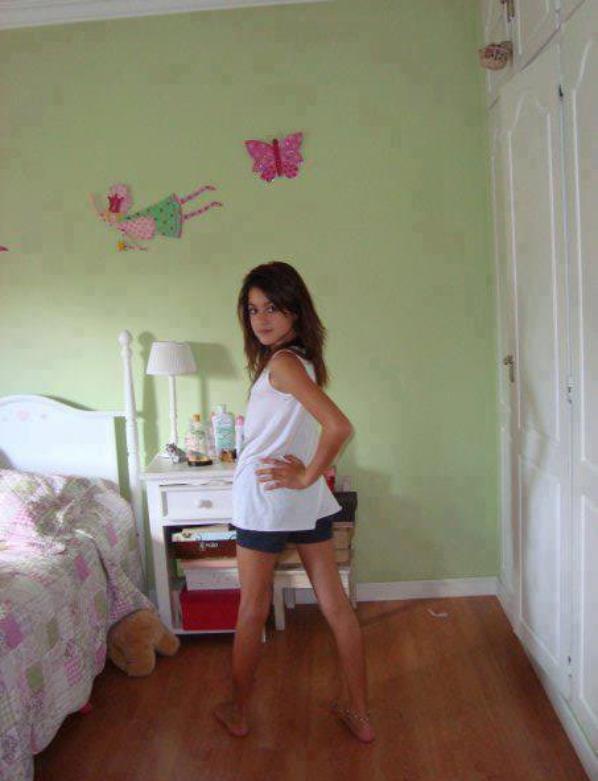 Tini pendant son enfance♥