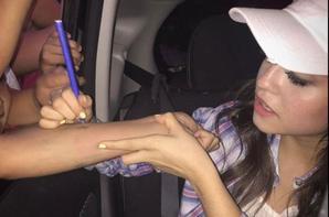 Karol a DineyRadio❤️ Ensuite elle a rencontrer Tini!!?❤️. Et elle signed es autographes
