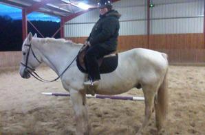 mes niéces et moi sur un cheval ki sapel plouf