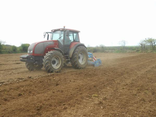 Préparation des terres à maïs 2013
