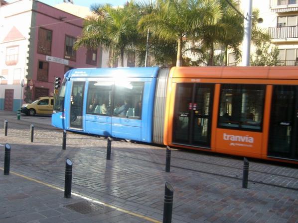 TRANVIA ( tram ) Compagnie TITSA