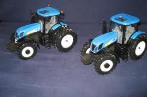 tracteur , moissenneuse et merlo .