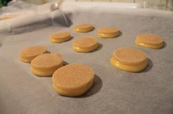 Choux caramel beurre salé insert praliné