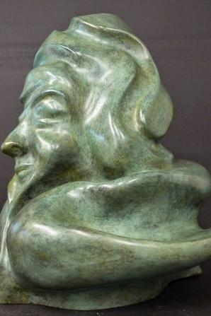 """BRONZE      """"vieux penseur """"                        (21/21/21cm)"""