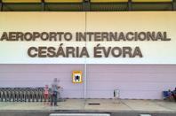 Hommage à Césaria Evora  -   décembre 2012  -    Bernard Lavilliers et Bonga