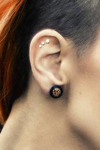 Mini base pour triple piercing