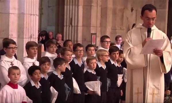 Petits Chanteurs à la Croix de Bois - AUTUN en images (5/6)