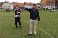 L'équipe de foot des PCCB avec leurs entraîneur