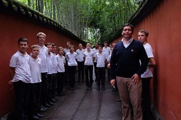 Les PCCB apprennent la calligraphie chinoise à Chengdu