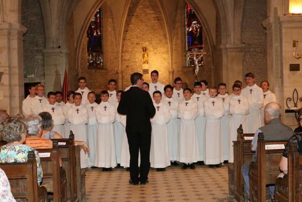 Retrouvez les photos du concert LPCC dans la Basilique de Saxon-Sion (1/2)