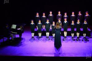 Les petits chanteurs à la croix de bois étaient au théâtre (2/2)