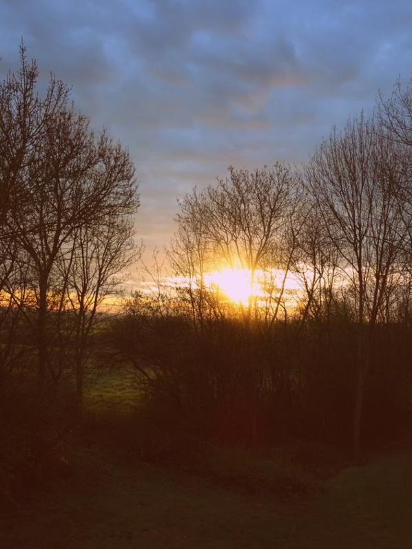 lever de soleil de ma fenêtre à l'étage