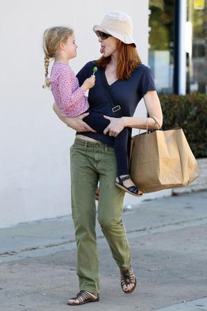 Marcia vue à Pacific Palisades (Carlifornie) le 14 octobre 2012 avec sa fille Eden