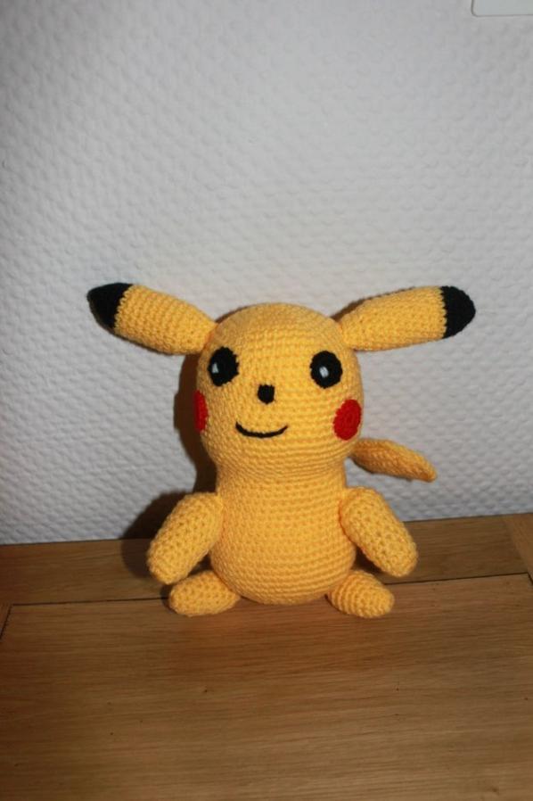 Pikachu au tricot