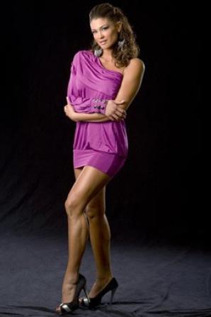 Voici : Eve Torres La Divas