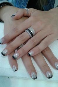 bijoux et ongles en gel